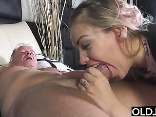 blowjob cumshot daddy deepthroat doggystyle family