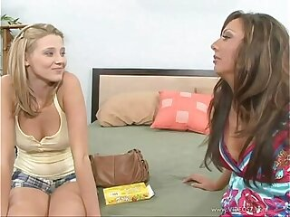 blonde lesbian mature milf milf hunter sexy girls
