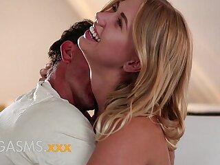 amateur blonde couple creampie cute erotic