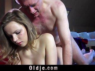 ass babe blonde cumshot doggystyle licking