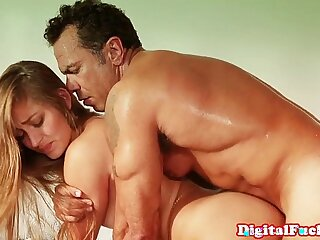 babe blowjob close up college creampie doggystyle