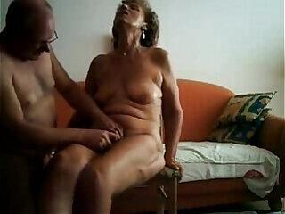 amateur fingering granny masturbating mature milf