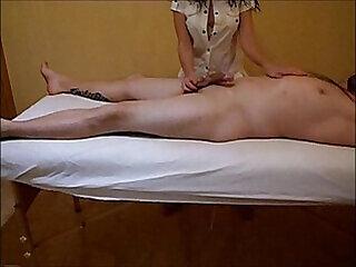 amateur cumshot handjob massage