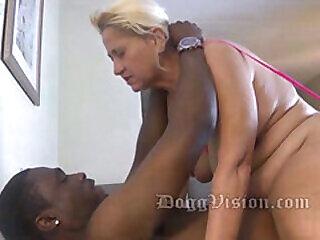 ass bbc black cougar ebony granny