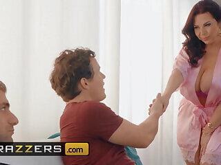 boobs mommy