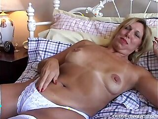 boobs cougar emo girls granny housewife mature