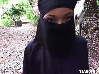 arab ass girls old outdoor teen