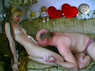 amateur anal blonde cute family old
